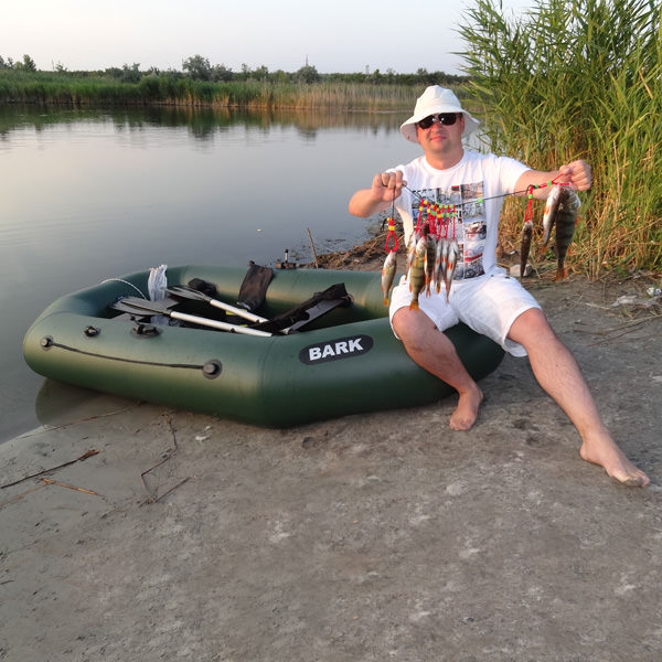 какая резиновая лодка для рыбалки