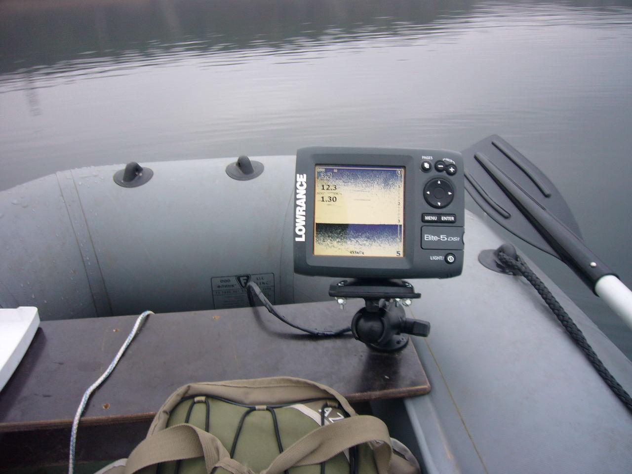 установка эхолота практик на лодку