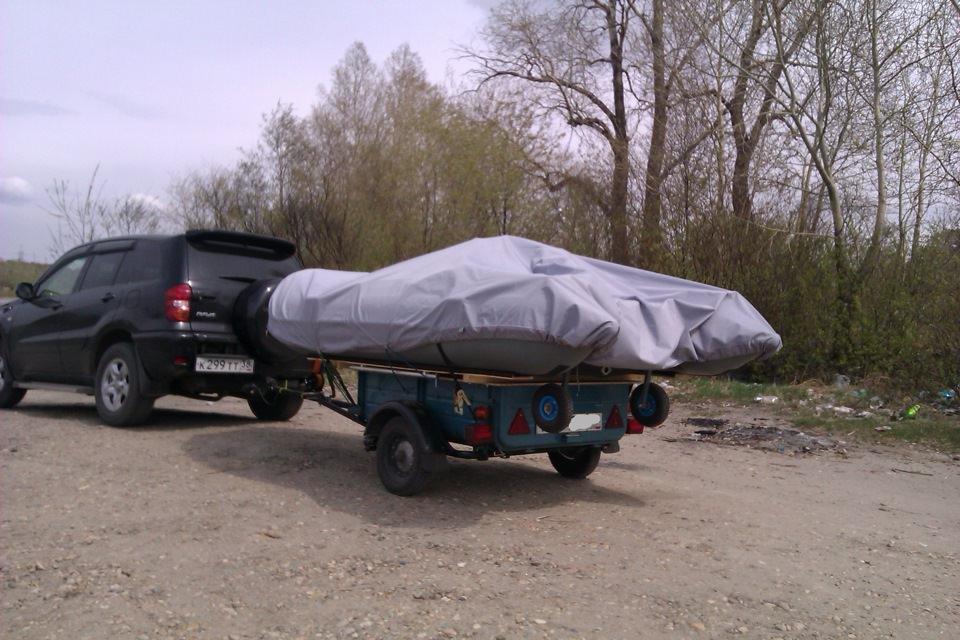 Перевозка лодки на прицепе