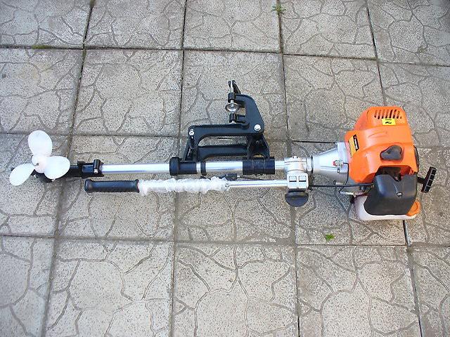 Головый лодочный мотор из триммера