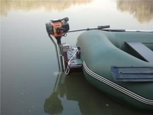 Установка лодочного мотора из триммера