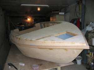 Этап создания лодки из фанеры
